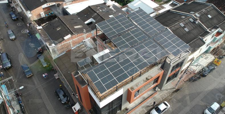 Proyecto de energía solar- Panadería Ukrania